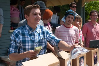 NEIGHBORS - 2014 FILM STILL - (Lto R, Center) Frat brothers Pete (DAVE FRANCO) and Scoonie (CHRISTOPHER MINTZ-PLASSE) - Photo Credit: Glen Wilson/Universal